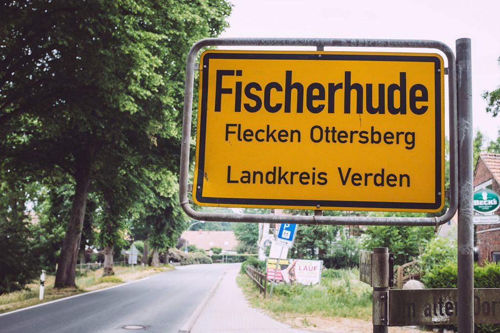 Ortsschild von Fischerhude (Verden, Niedersachsen)