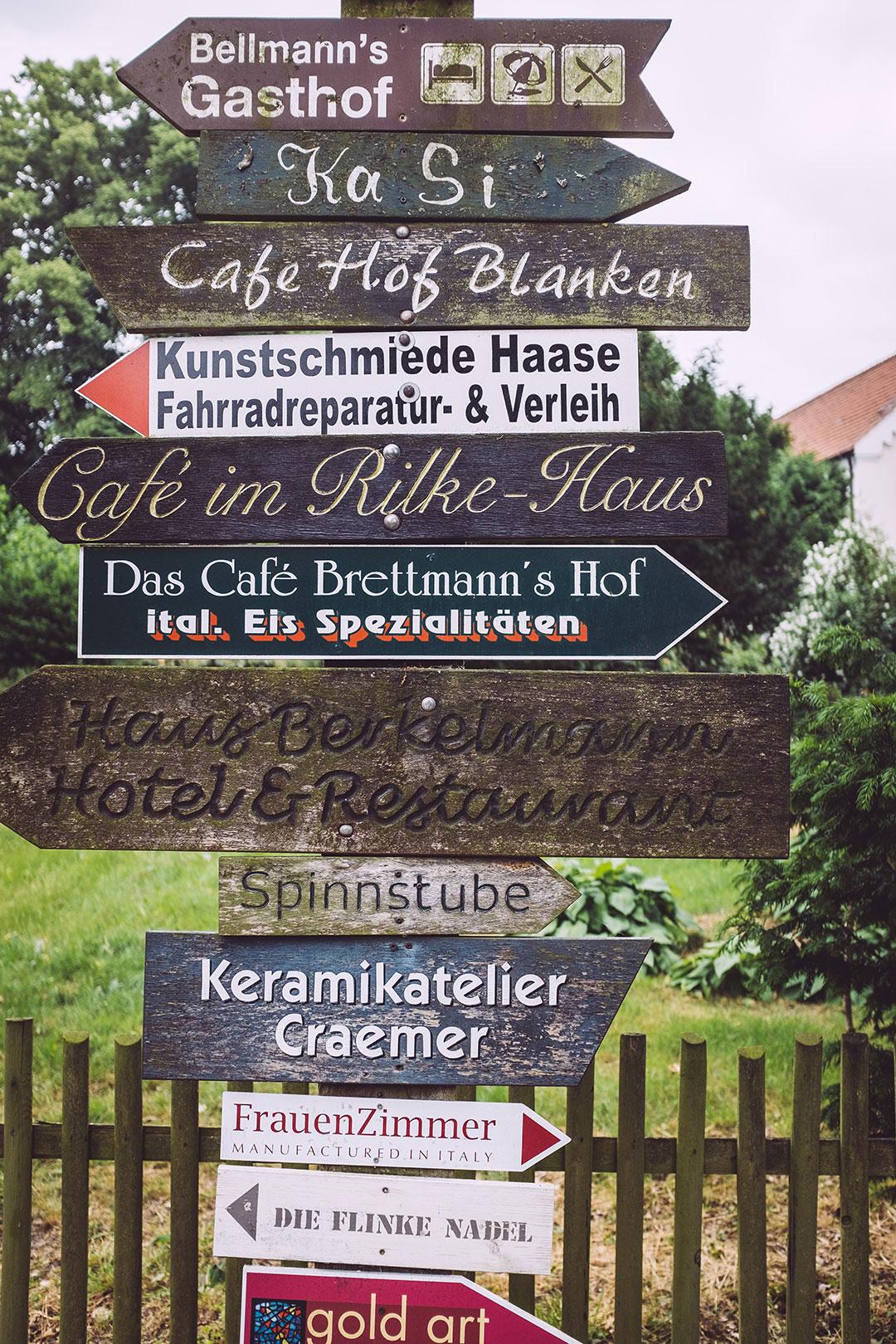 Wegweiser in Fischerhude (Verden, Niedersachsen)