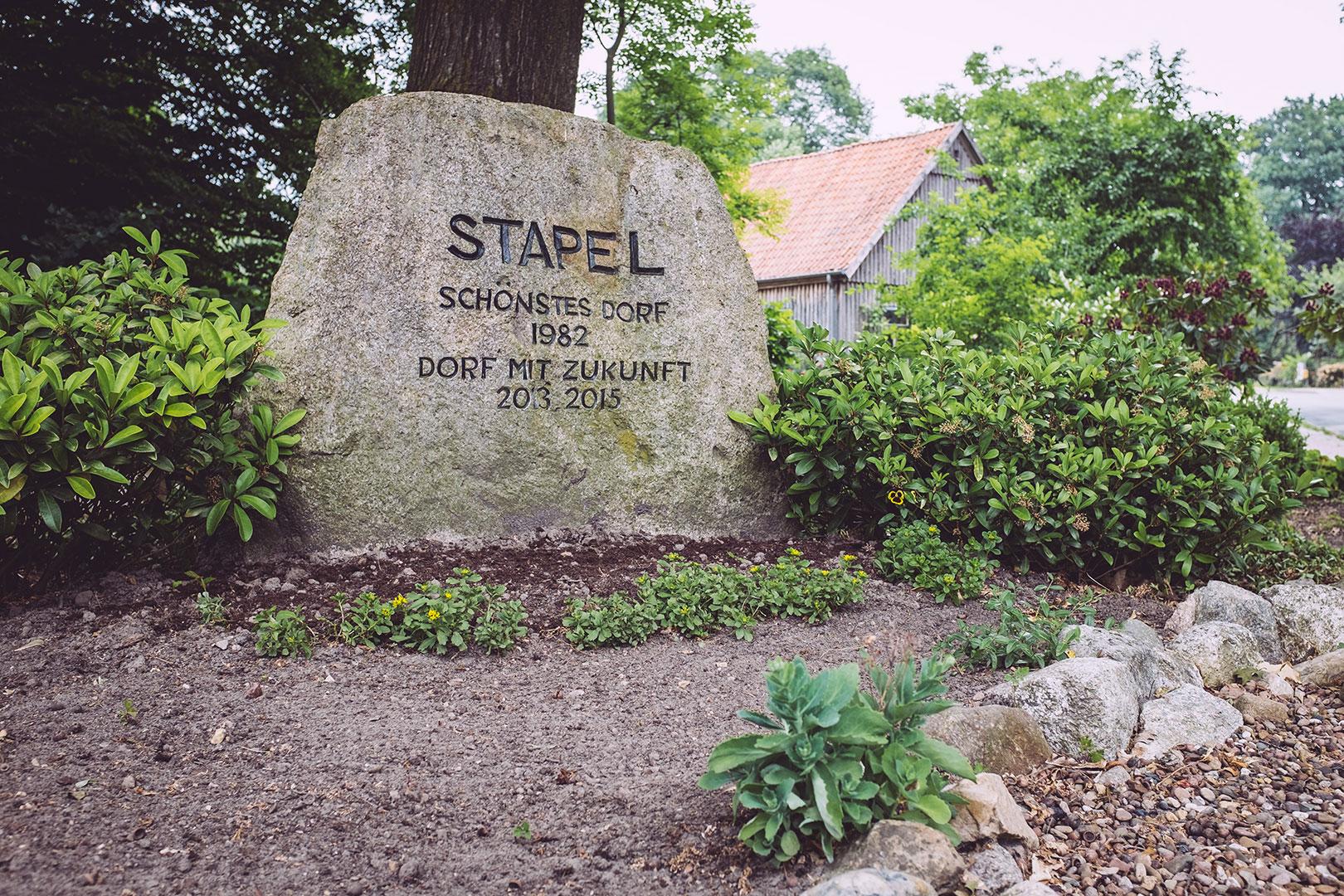 "Stein ""Stapel"" in Stapel (Horstedt, Niedersachsen)"