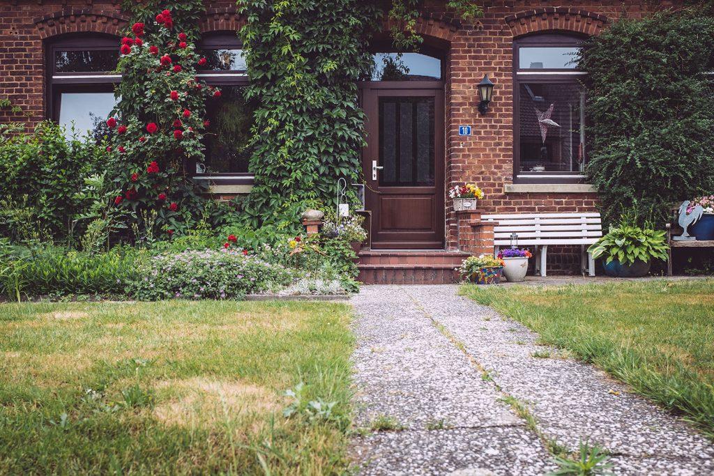 Haustür in Stapel (Horstedt, Niedersachsen)