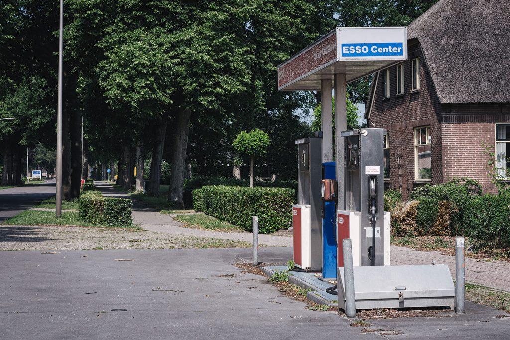 Esso-Zapfsäulen in Nieuw-Schoonebeek