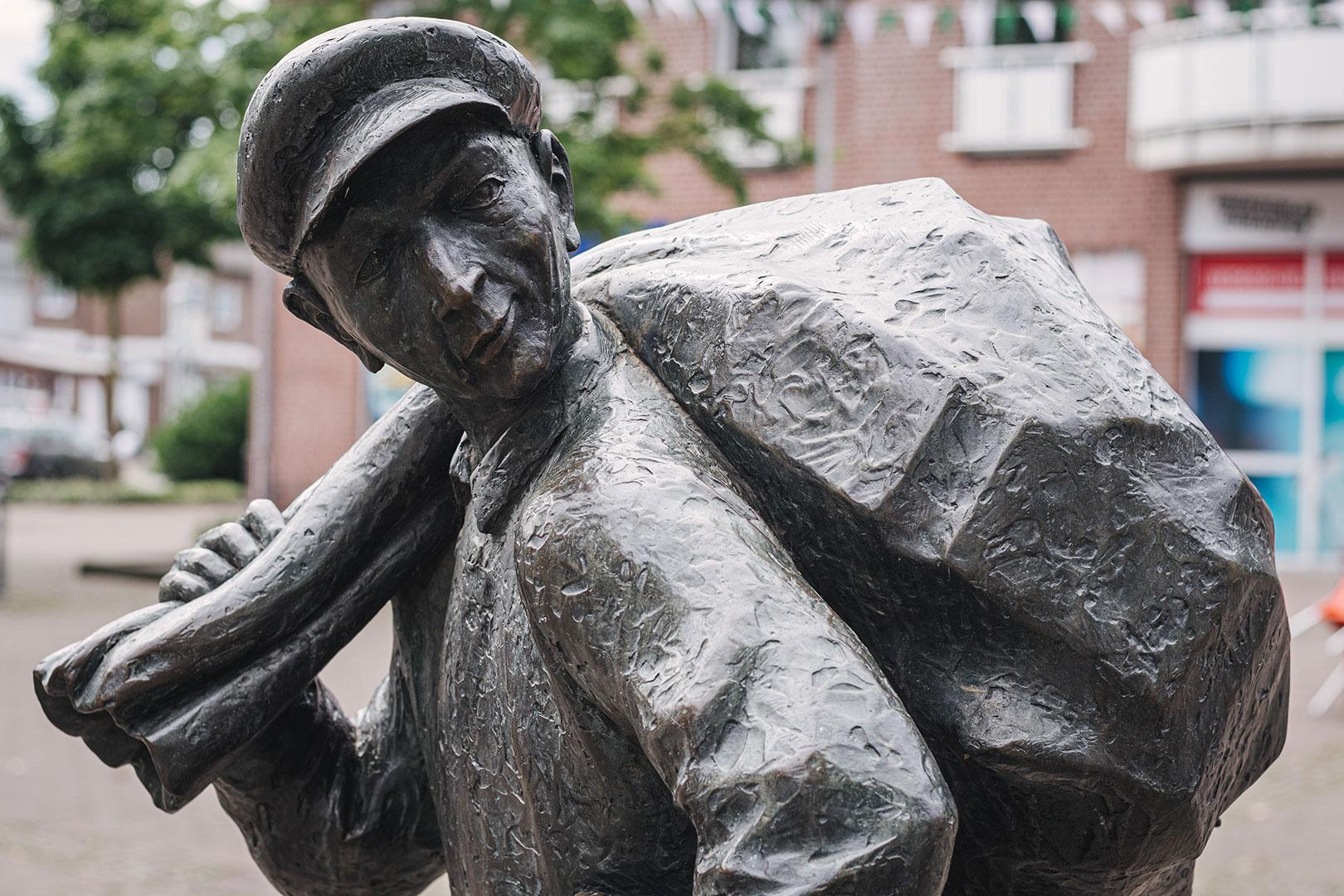 Statue in Suderwick