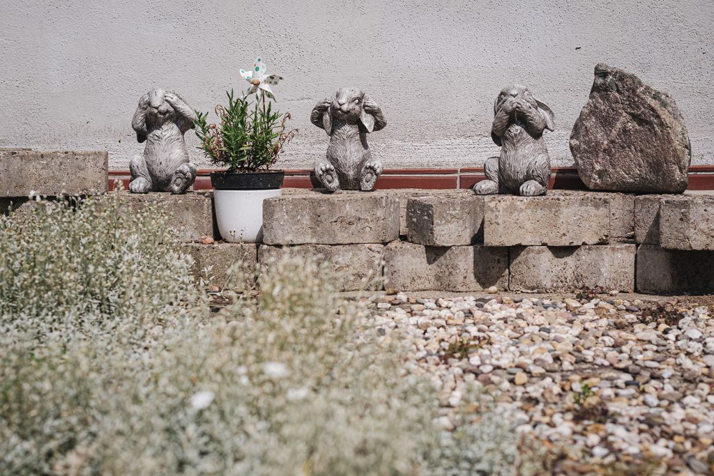 Gartendekoration Hasen in Zyflich