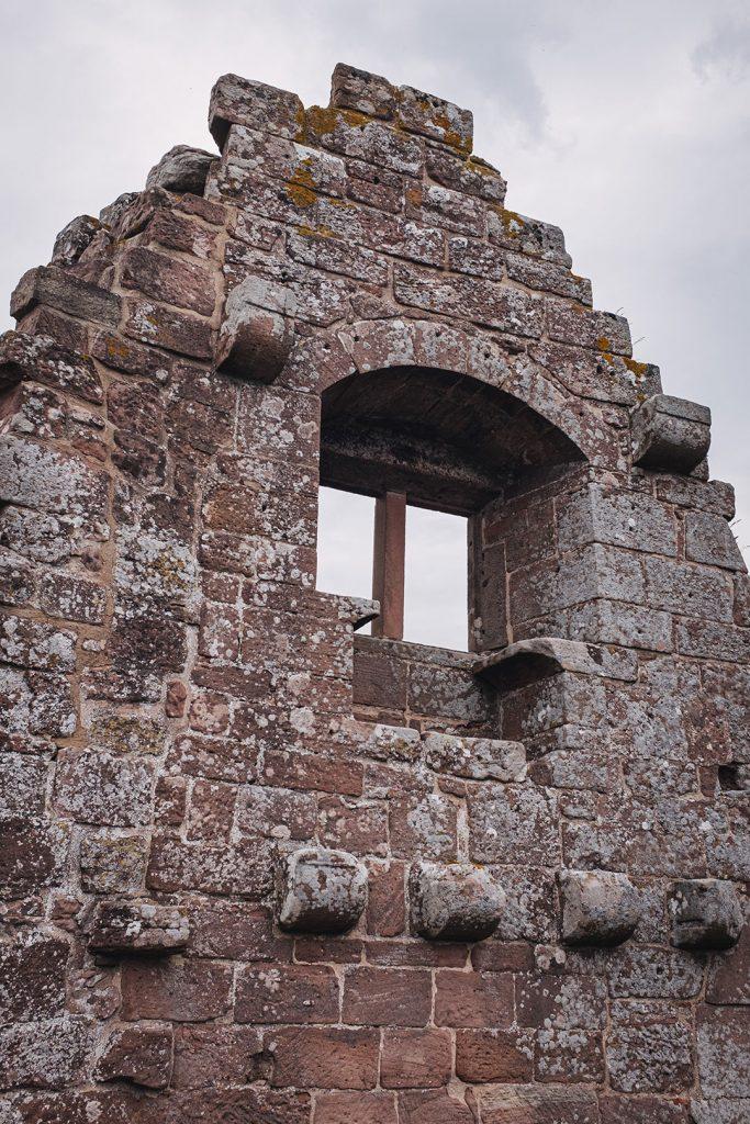 Teil der Ruine Burg Fleckenstein