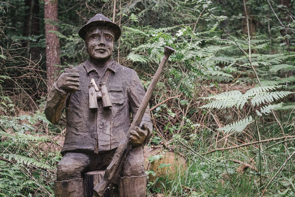 Jäger-Skulptur in Ludwigswinkel