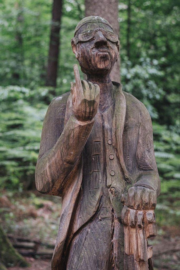 Skulptur in Ludwigswinkel