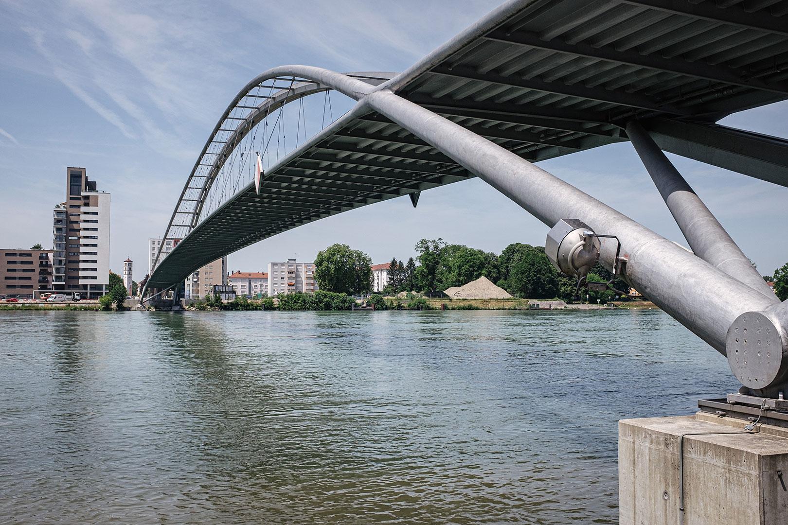 Brücke am Dreiländereck Deutschland-Frankreich-Schweiz