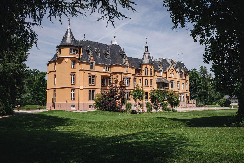Schloss am Golfplatz in Hombourg
