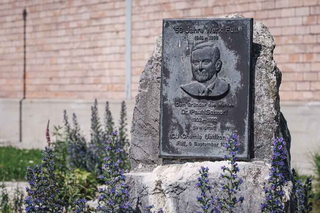 Gedenkstein in Full-Reuenthal