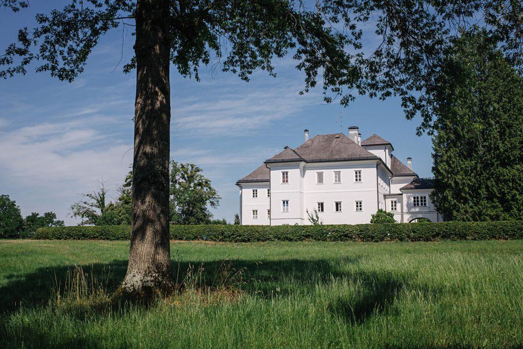 Schloss-Anwesen in Weitwörth