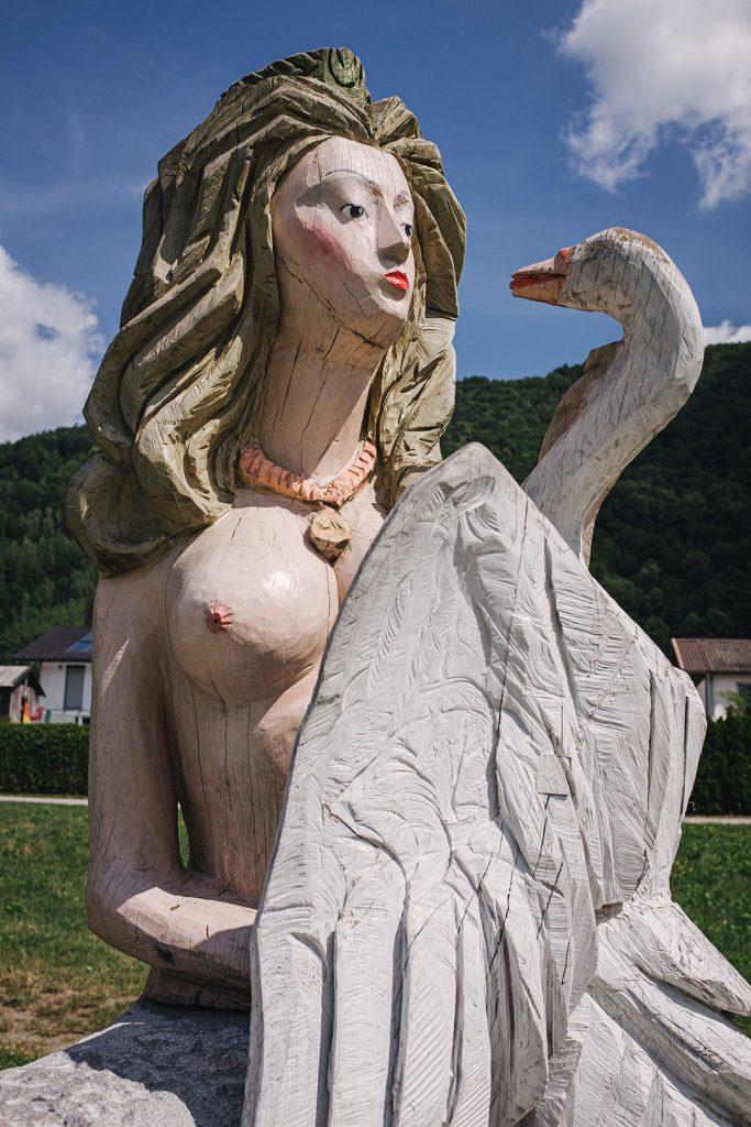 Skulptur der Nixe Isa in Jochenstein