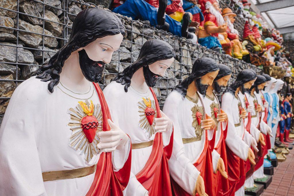 Jesus-Statuen für den Garten in Obervollmau (Horní Folmava)