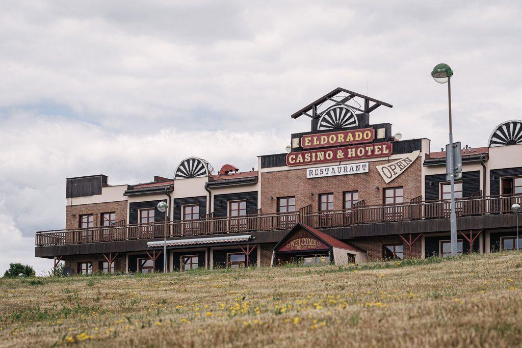 Casino und Hotel von Obervollmau (Horní Folmava)