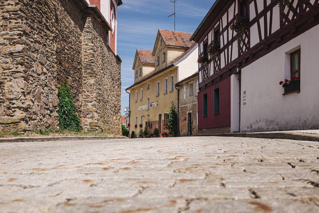 Straße in Neualbenreuth