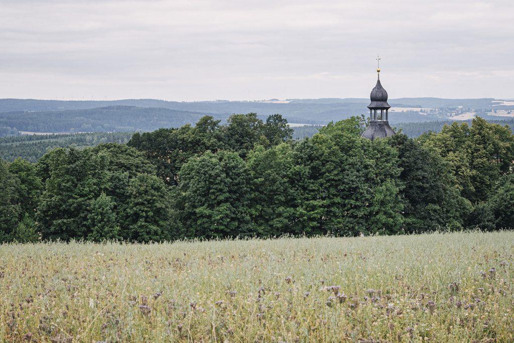 Kirchturmspitze in Landwüst