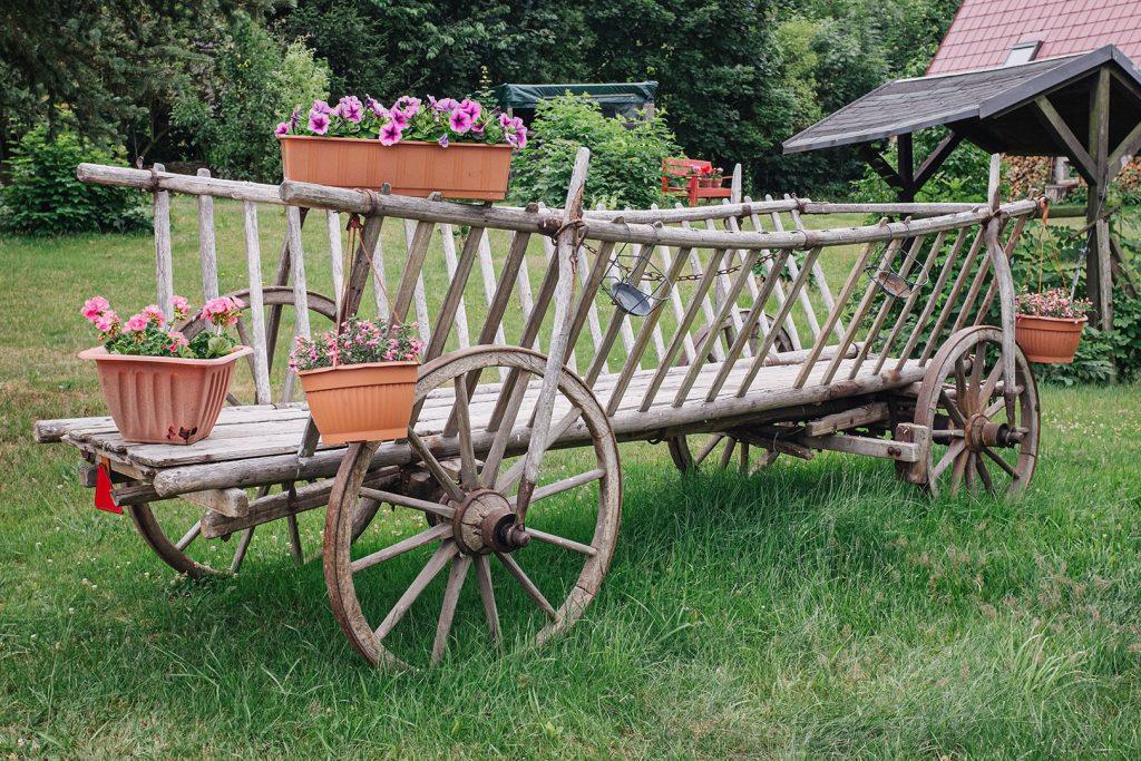 Gartendekoration in Landwüst