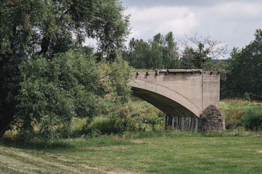 Teil einer Brücke in Zentendorf