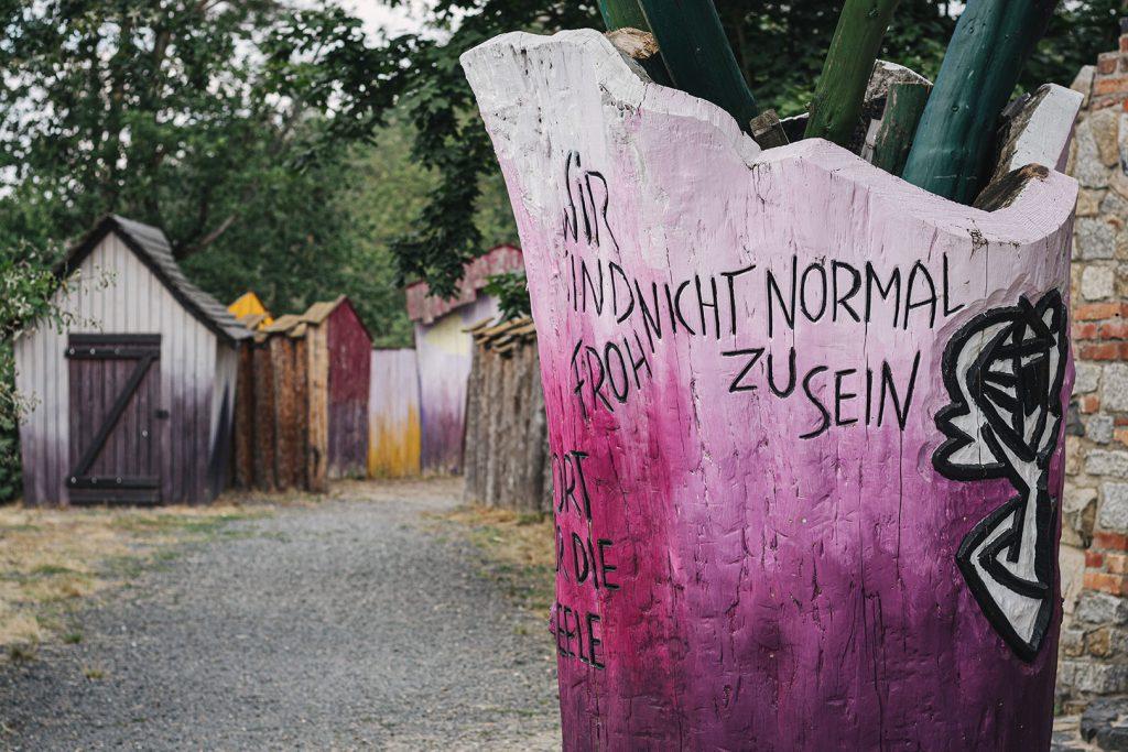 """Eingang zum Abenteuerfreizeitpark """"Die geheime Welt von Turisede"""""""