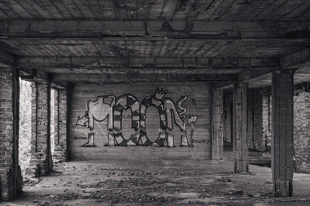 Graffiti in der Ruine Prora