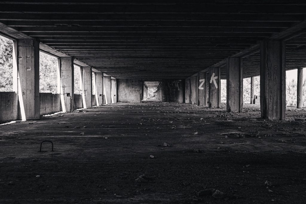 Raum in der Ruine Prora