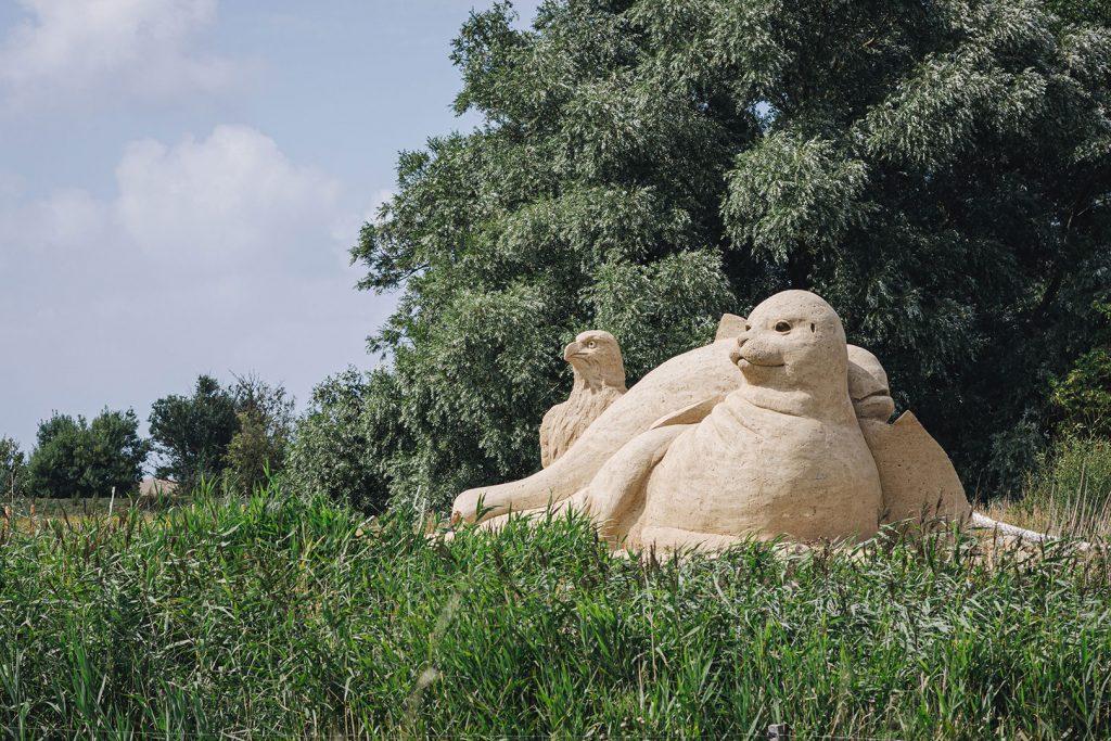 Sandskulptur in Westerhever
