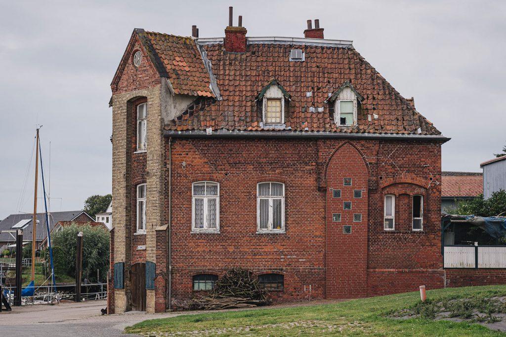 Ehemaliges Hafenmeisterhaus in Freiburg (Elbe)