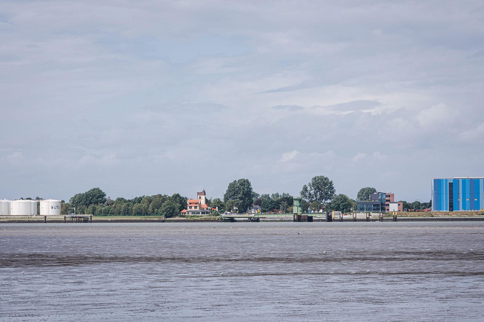 Blick von Bremerhaven nach Blexen